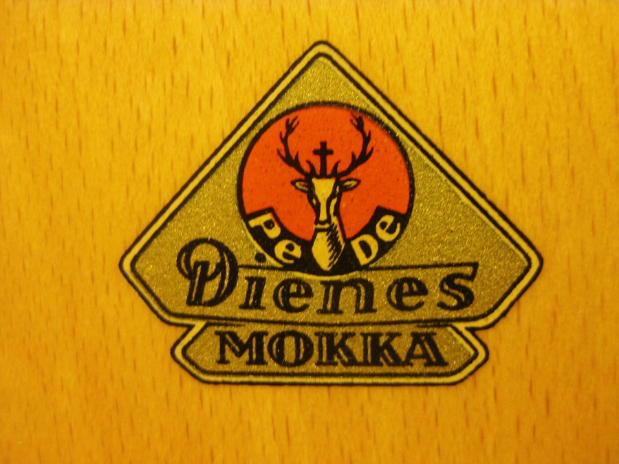 Logos für Dienes Nr 1 Kaffeemühlen