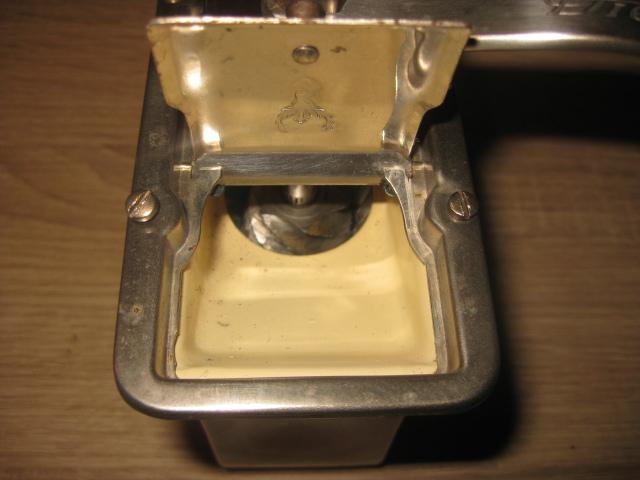 kaffeem hlen infos rund um die kaffeem hle dienes 538 mahlchen. Black Bedroom Furniture Sets. Home Design Ideas